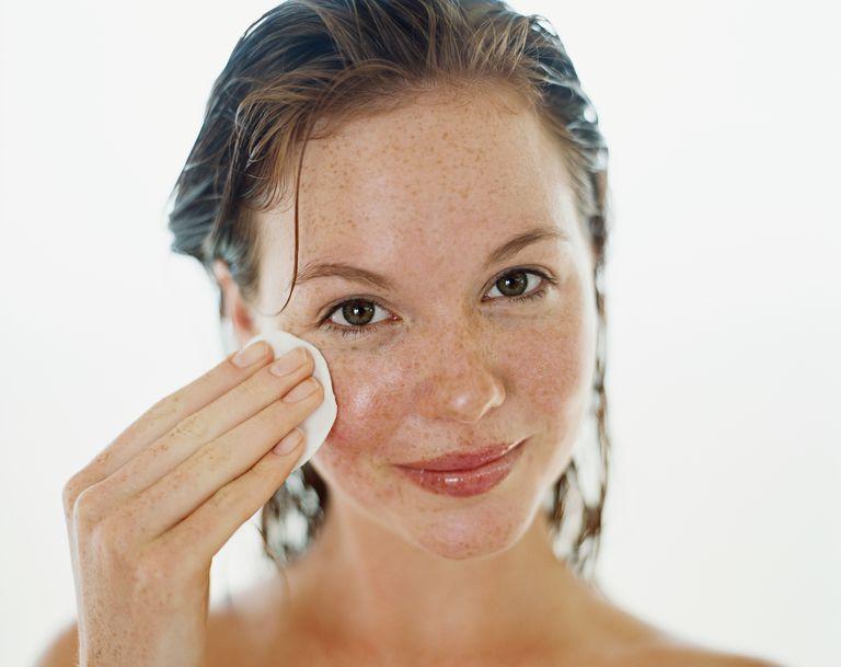 बनाए रखने के अपने लगातार त्वचा moisturized